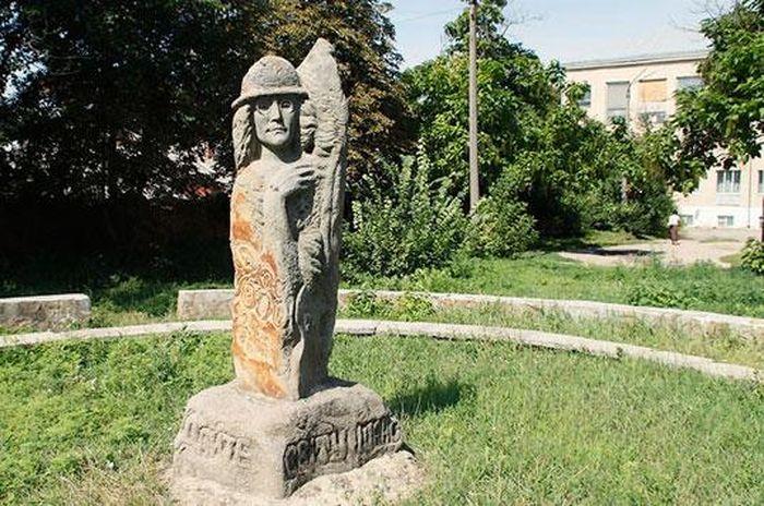 пам'ятник Джону Ленону фото