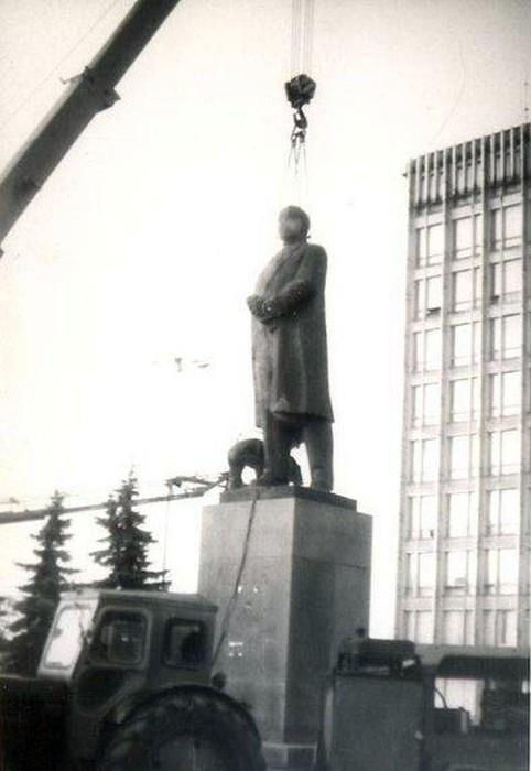 Майдан Незалежності у Вінниці фото