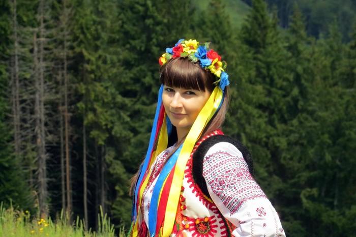 студентка ВНАУ Юлія Беліченко фото