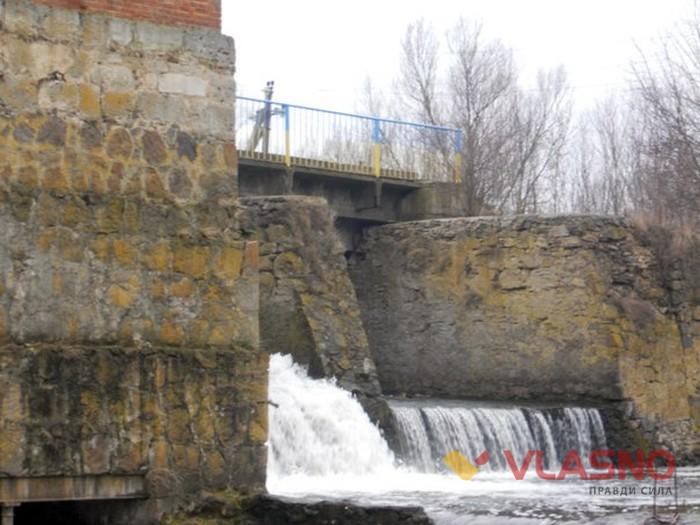 водоспад у Браїлові фото