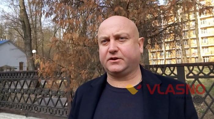 директор дельфінарію у Хмільнику Борис Когут фото