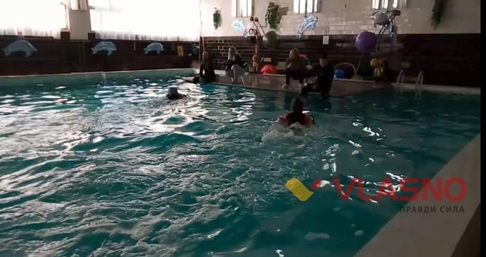 дельфінарій у Хмільнику фото