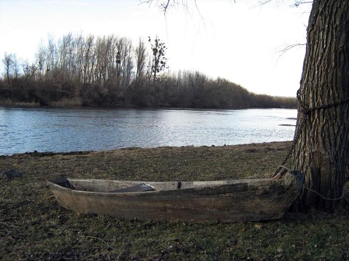 берег річки в селі Сумівка Бершадського району фото