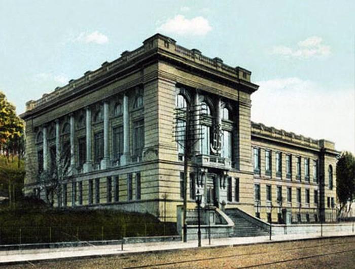 парламентська бібліотека фото