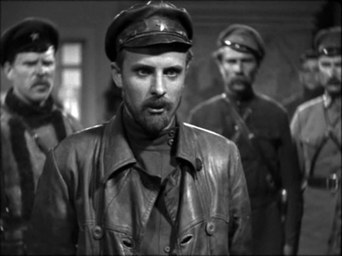 кадр з фільму Щорс фото