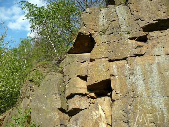 скеля у селі Думенки фото