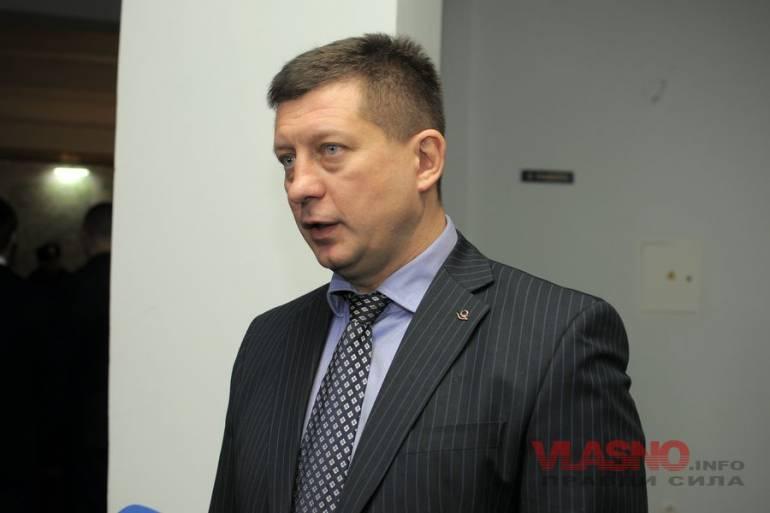 Нардеп від Блоку Порошенка пропонує звільнити двох Міністрів та Прем'єра