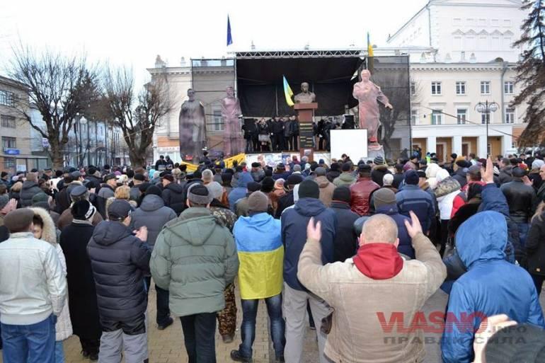 10 фактів, які ви не знали про вінницький Майдан